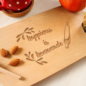 Tocător clasic personalizat – Happiness is homemade