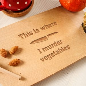 Tocător clasic personalizat – This is where I murder vegetables